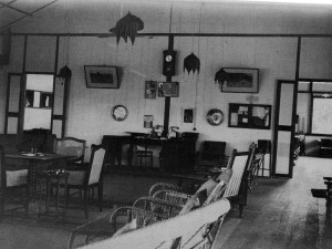 Donald Pratt House Interior